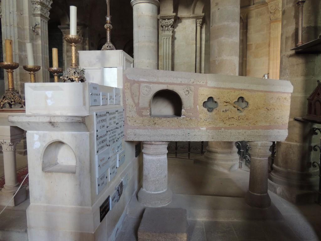 Saint Menoux 11