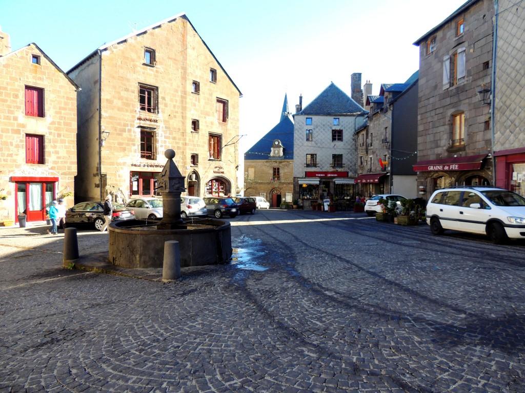 Besse-et-Saint-Anastaise 3