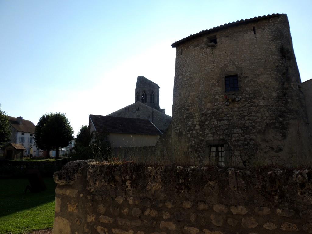 Charroux 3