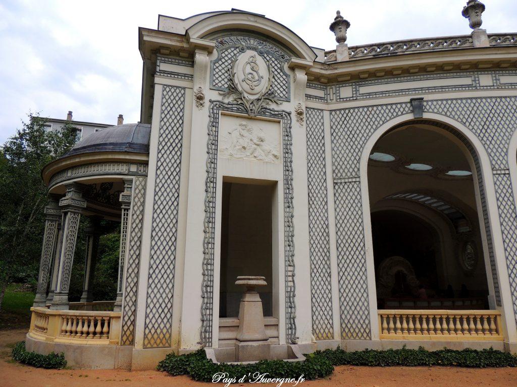 Vichy 69 - Source des Célestins