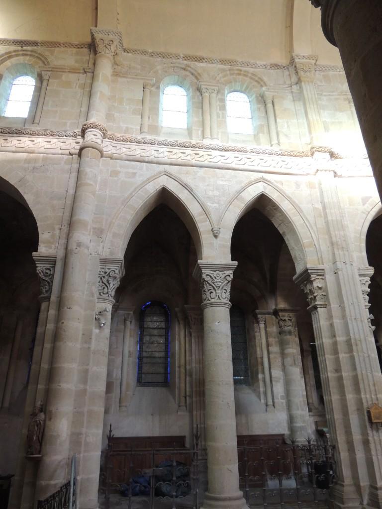 Saint Menoux 8