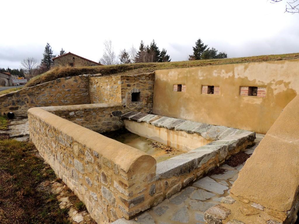 La Chapelle sur Usson 9
