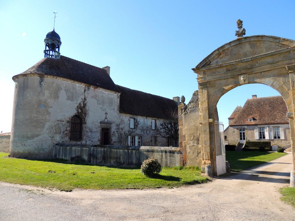 Neuvy 8 Château du Vieux-Melay 2