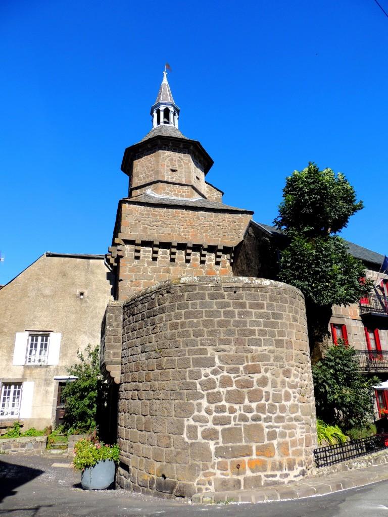 Besse-et-Saint-Anastaise 11
