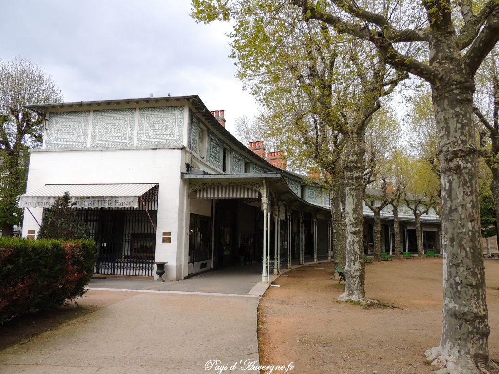 Vichy 205 - Parc